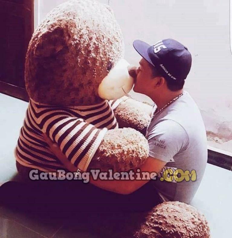 Quà tặng gấu bông cho con trai - gaubongvalentine.com