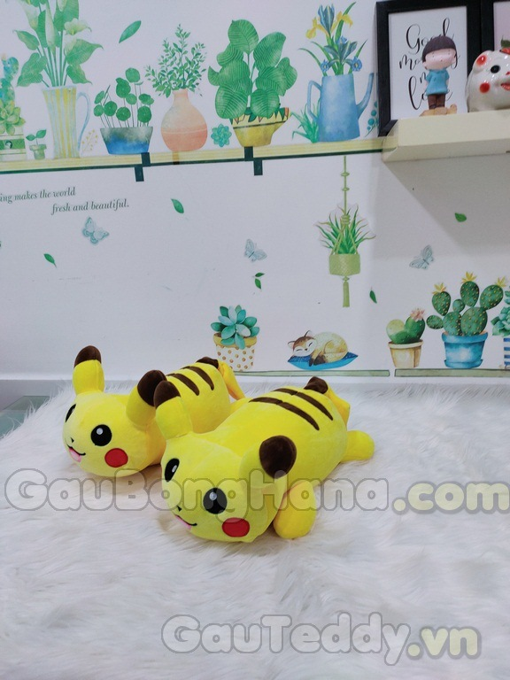 Pikachu Nằm